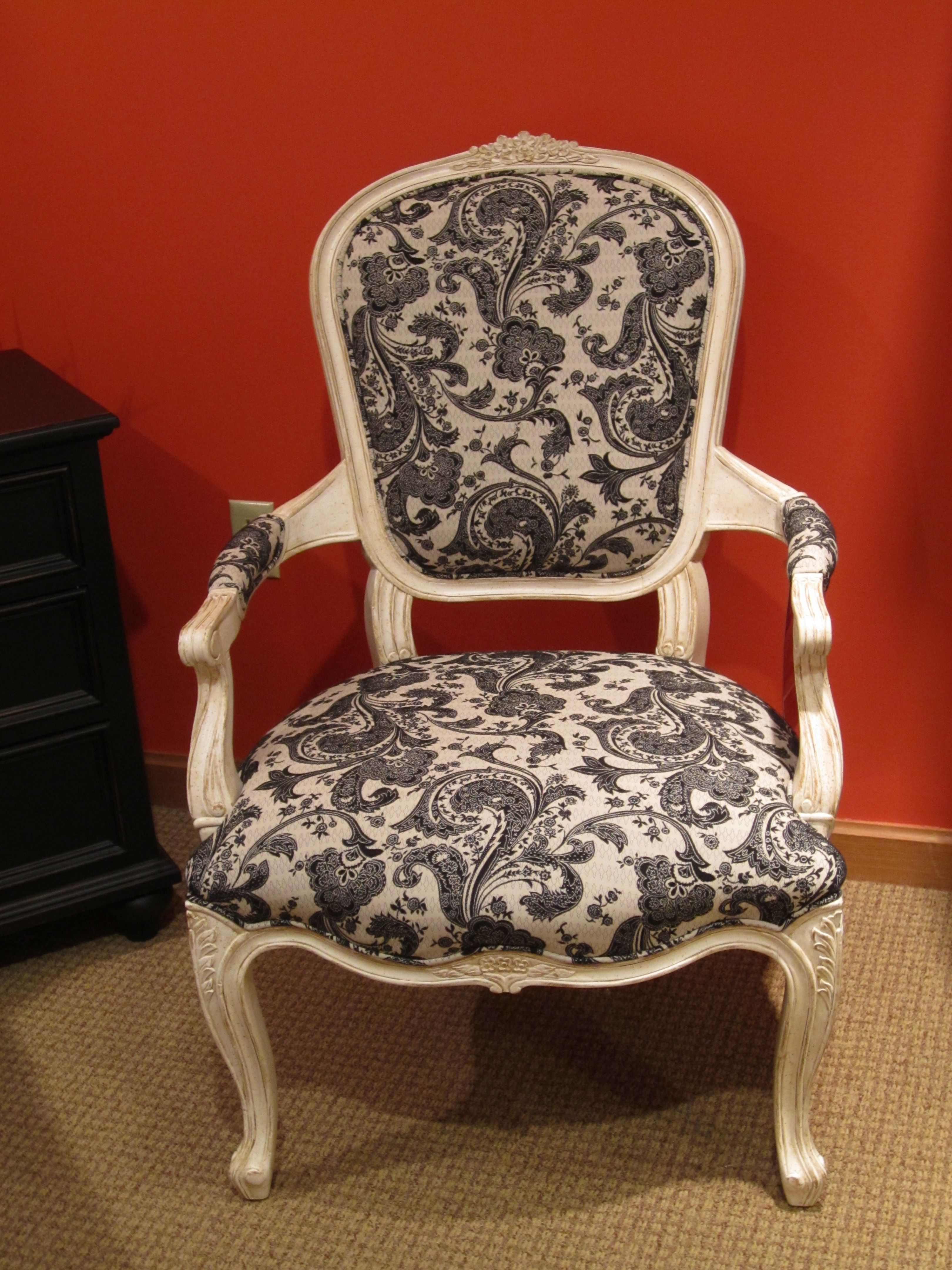 Best Antique Style Chair Antique Chairs Chair Accent Furniture 400 x 300