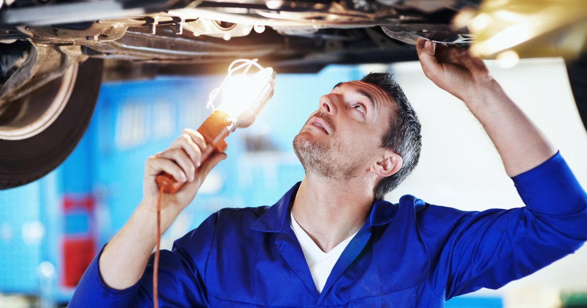 Should You Fix Up or Break Up With Your Car? Deep