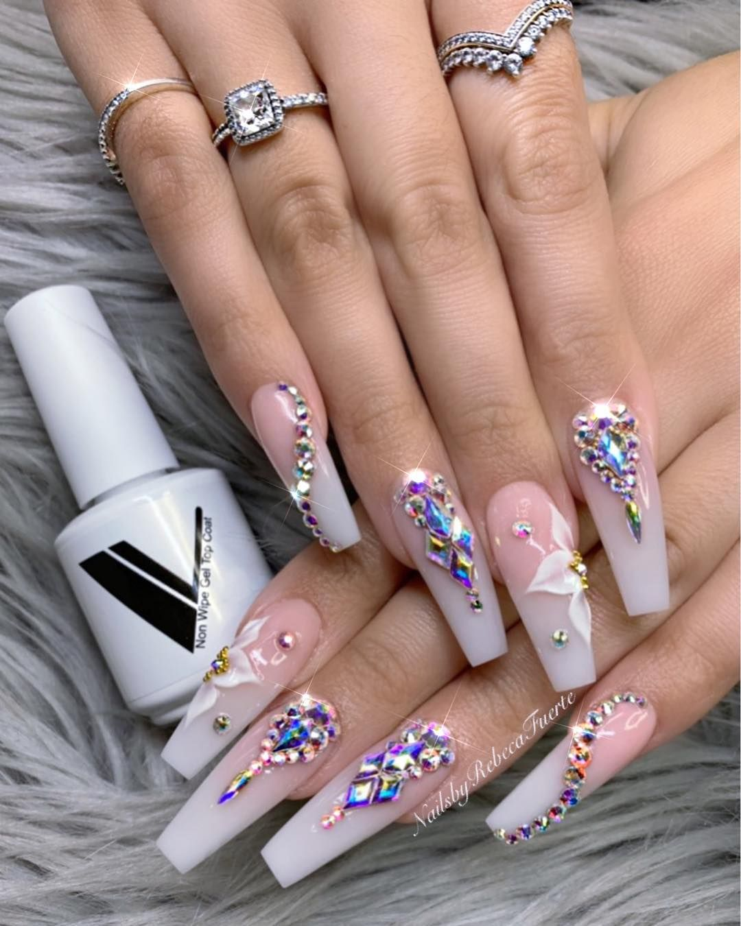 B E A U T I F U L Valentinobeautypure Swarovski Nails Nails Design With Rhinestones Bling Nails