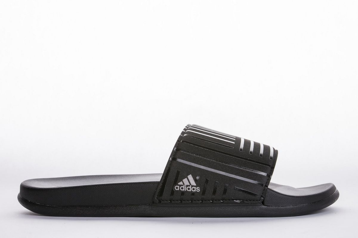 Adidas Adilette Cf Campus S88829 All Black Slide It Appears That Anything Kanye West And Adidas Does Will Sell Out In Seco Adidas Adilette Adidas Yeezy Adidas