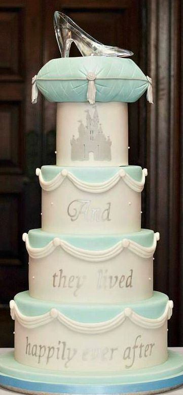 21 Wedding Cakes For Every Disney Lover Themed Gl Slipper And Weddings