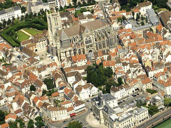 Meaux vue sur la ville le de france r gion france - Piscine de meaux ...