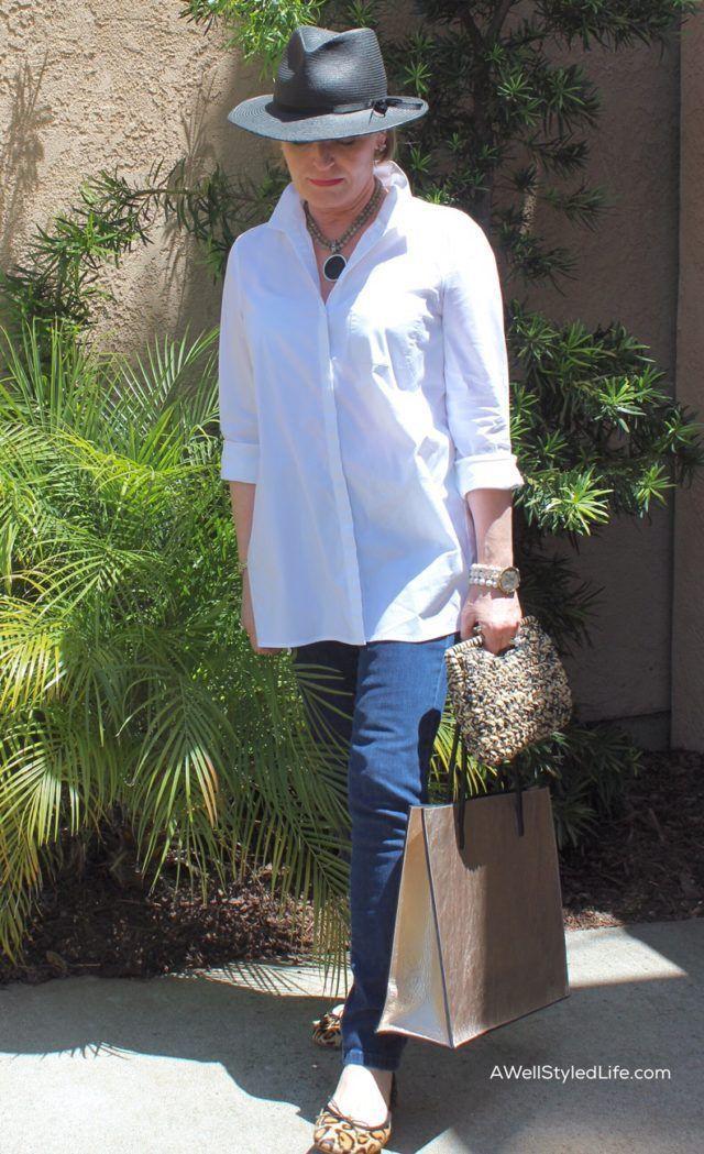 Casual Style for Women Over 50: Running Errands Women, Men ...