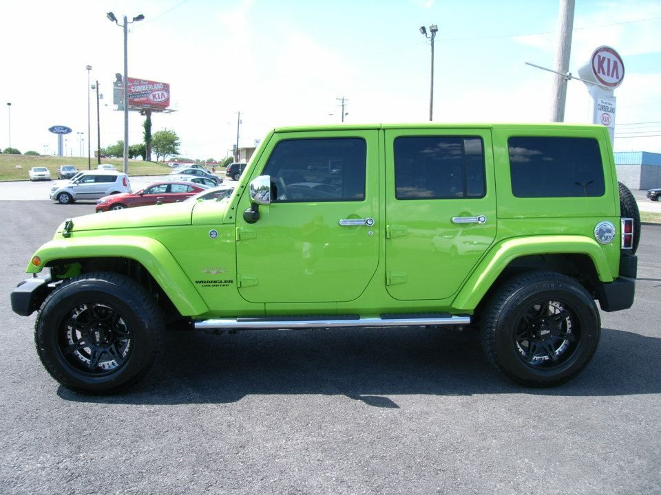 cumberland customs 2012 jeep wrangler unlimited hard top lime green side 2012 jeep wrangler. Black Bedroom Furniture Sets. Home Design Ideas