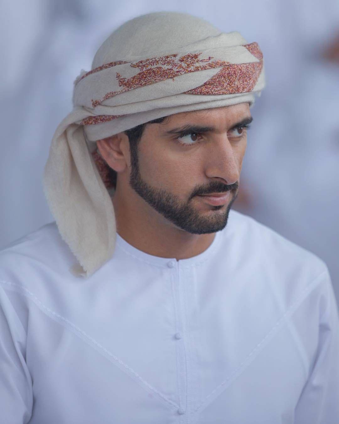 ด ร ปภาพ Instagram น จาก Fazza Forum ถ กใจ 1 293 คน Arab Men Fashion Handsome Arab Men Arab Men