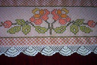 meninasdosobradinho: toalha de mesa em ponto cruz duplo