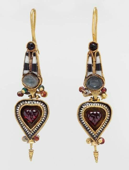 Ancient Egyptian Earrings In The Shape Of An Atef Crown Circa 2nd 3rd Century Bc