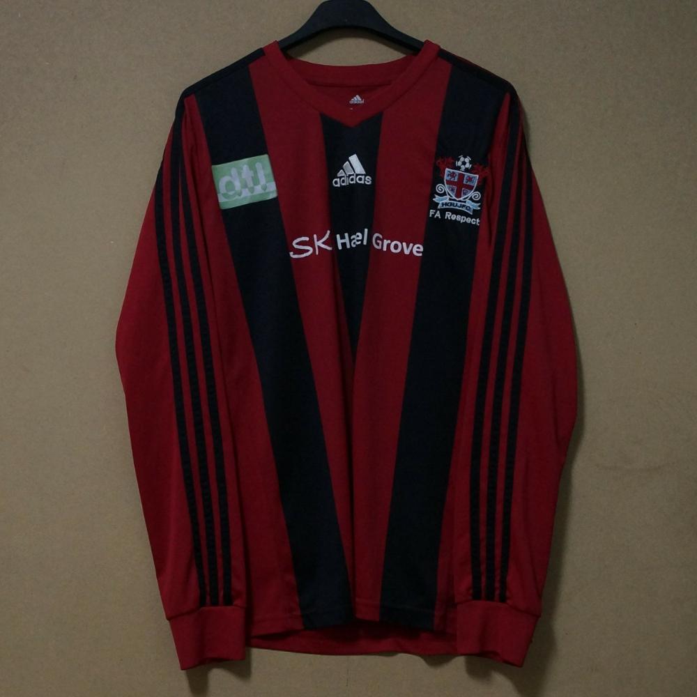 Restricción Abundante social  Camiseta fútbol ADIDAS original Talla M - Depop | Adidas originales, Adidas,  Camisetas
