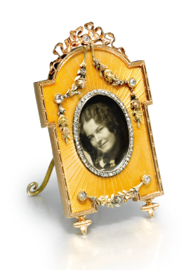 A Fabergé jewelled gold and enamel miniature frame, workmaster Victor Aarne, St Petersburg, 1899-1904