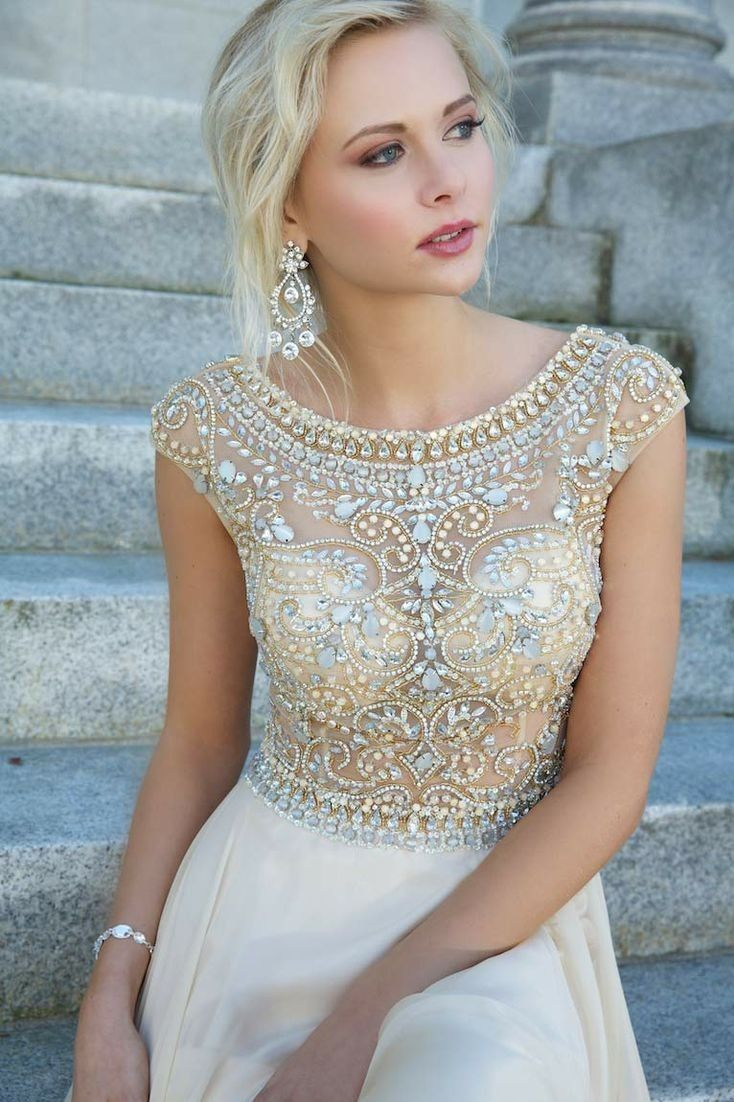 Modest chiffon cap sleeves prom dresses long crystals beaded