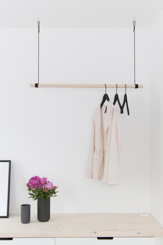 Hangegarderobe Kleiderstange Hangend Garderobe Holz Buche Etsy In 2020 Garderoben Eingangsbereich Garderobe Selber Bauen Garderobe Flur