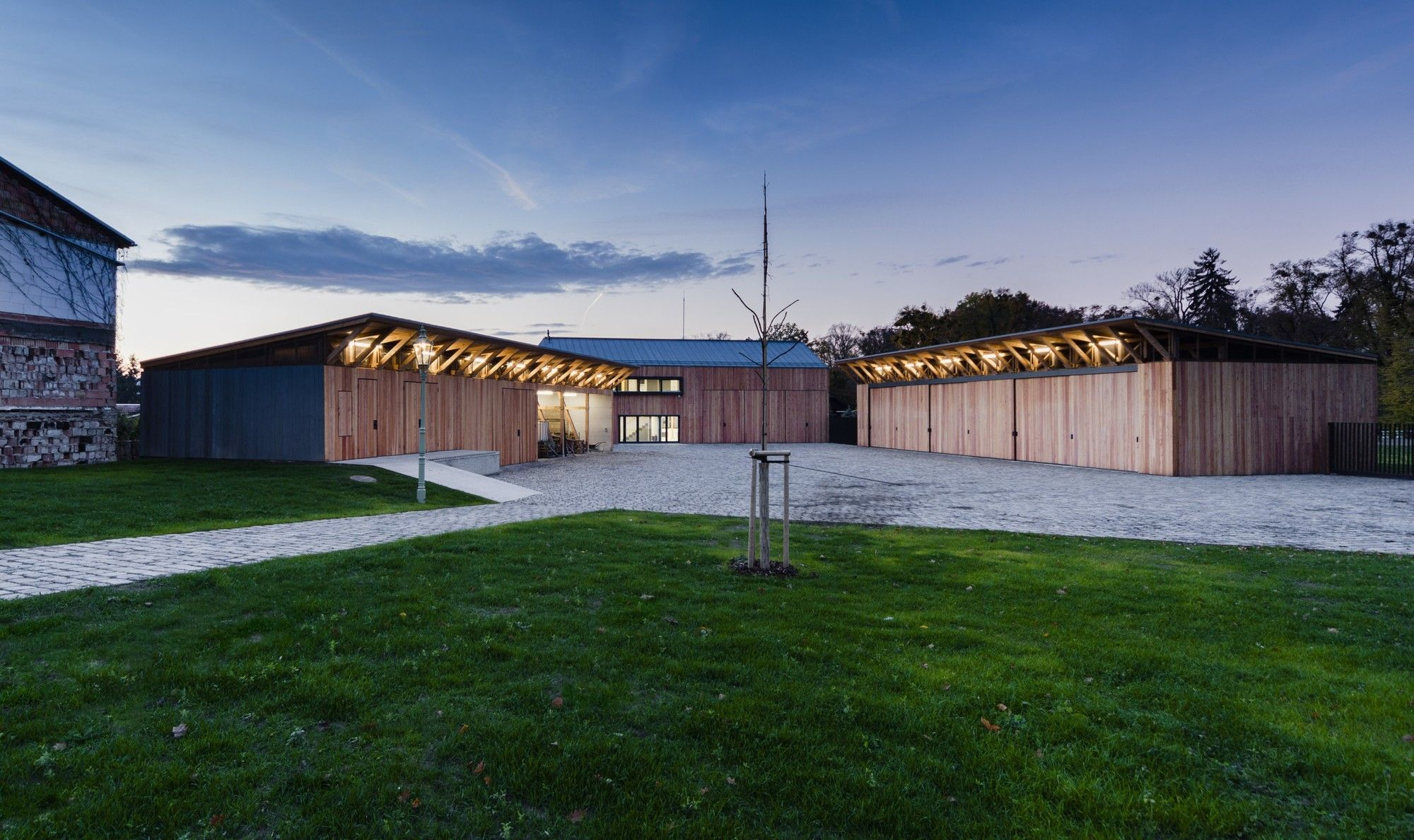 gallery of gardening center architekti drnh 10 roof trusses