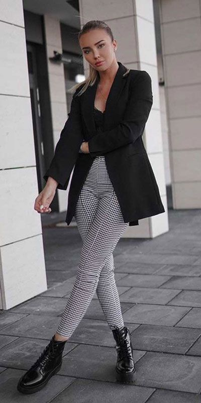 24 Stylish Summer Work Outfits Appropriate for the
