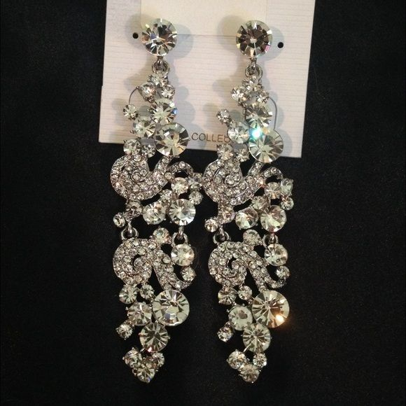 2 Pairs Glamorous Costume Pageant Bridal Earrings Catch The Light And Shine Bright With These Stunning Both Are Included In This