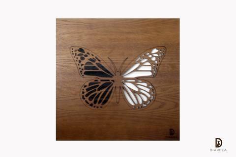 أضيفي إلى بيتك لمسة من الطبيعية بتابلوه خشب يملأ فراغ الجدران ويحوله إلى لوحة فنية أنيقة على التابلوه نقش لمونرك باترفلاي وهي من أجمل Clay Crafts Crafts Wood