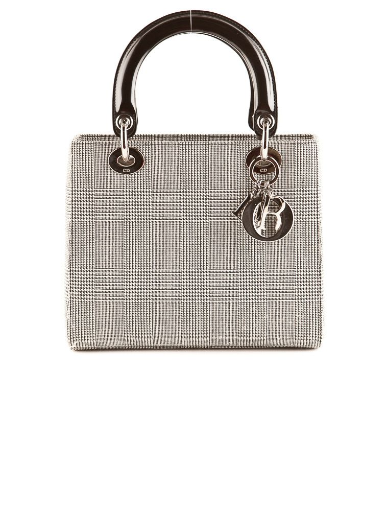 3e69809d9b3 Steal find  Christian Dior Lady Dior Bag. (TheRealReal.com)   MODA ...