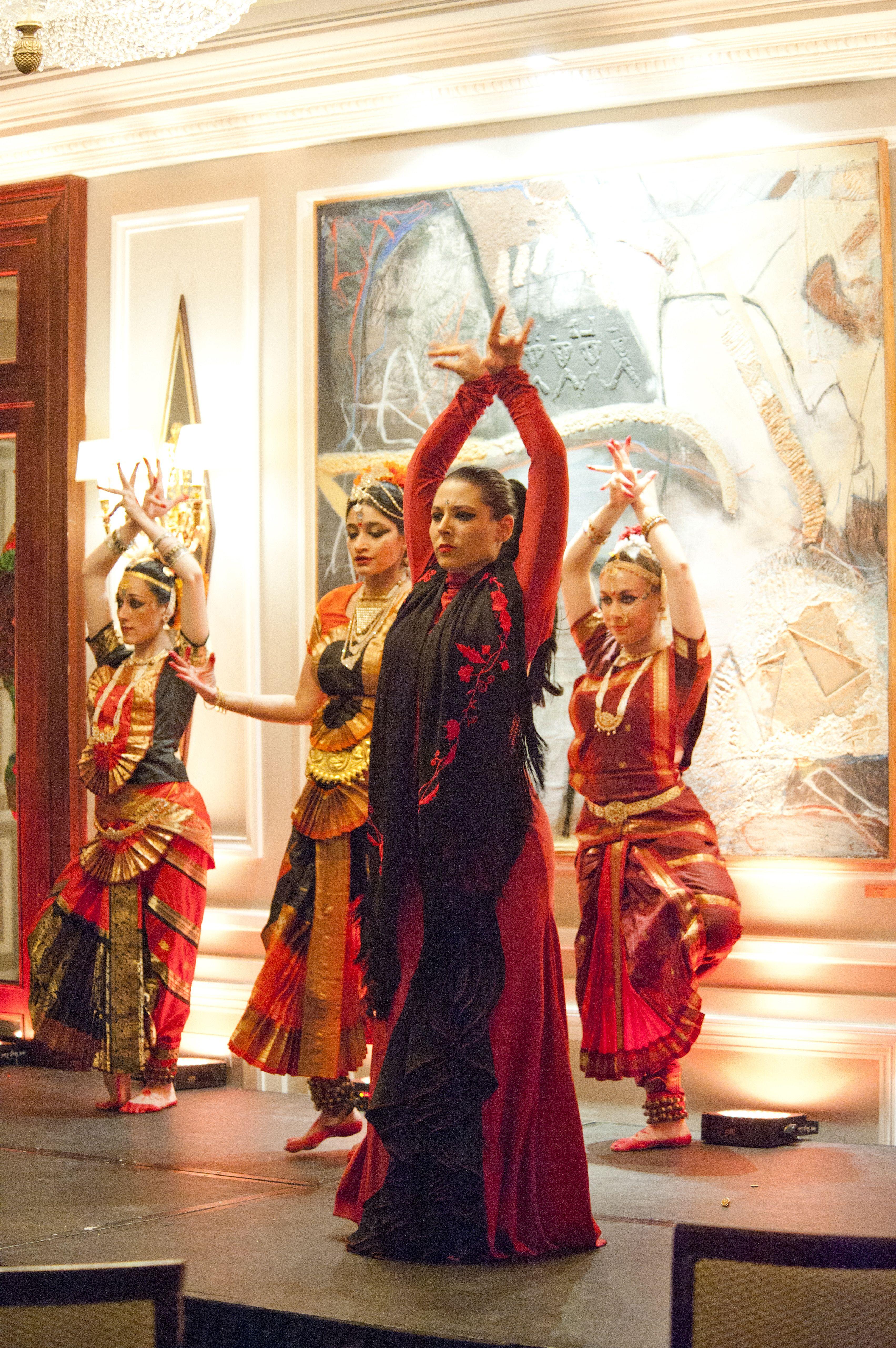 Indian Flamenco Fusion Dance Performance En La Presentacion En Espana De Niit Technologies Madrid 11 De Junio De 2012 Flamenco Y 11 De Junio