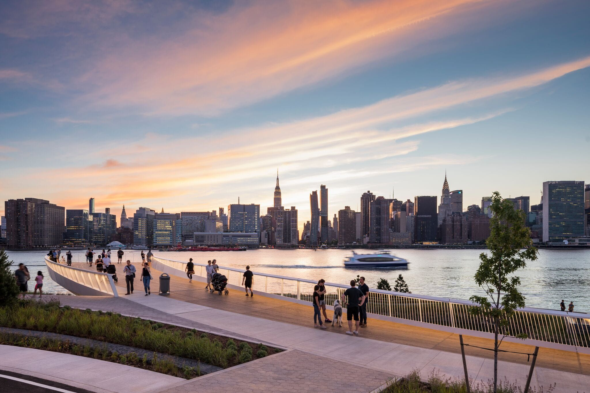 Hunter S Point South Waterfront Park Phase Ii By Swa Balsley Weiss Manfredi Mooool Nyc Park Waterfront Waterfront Architecture