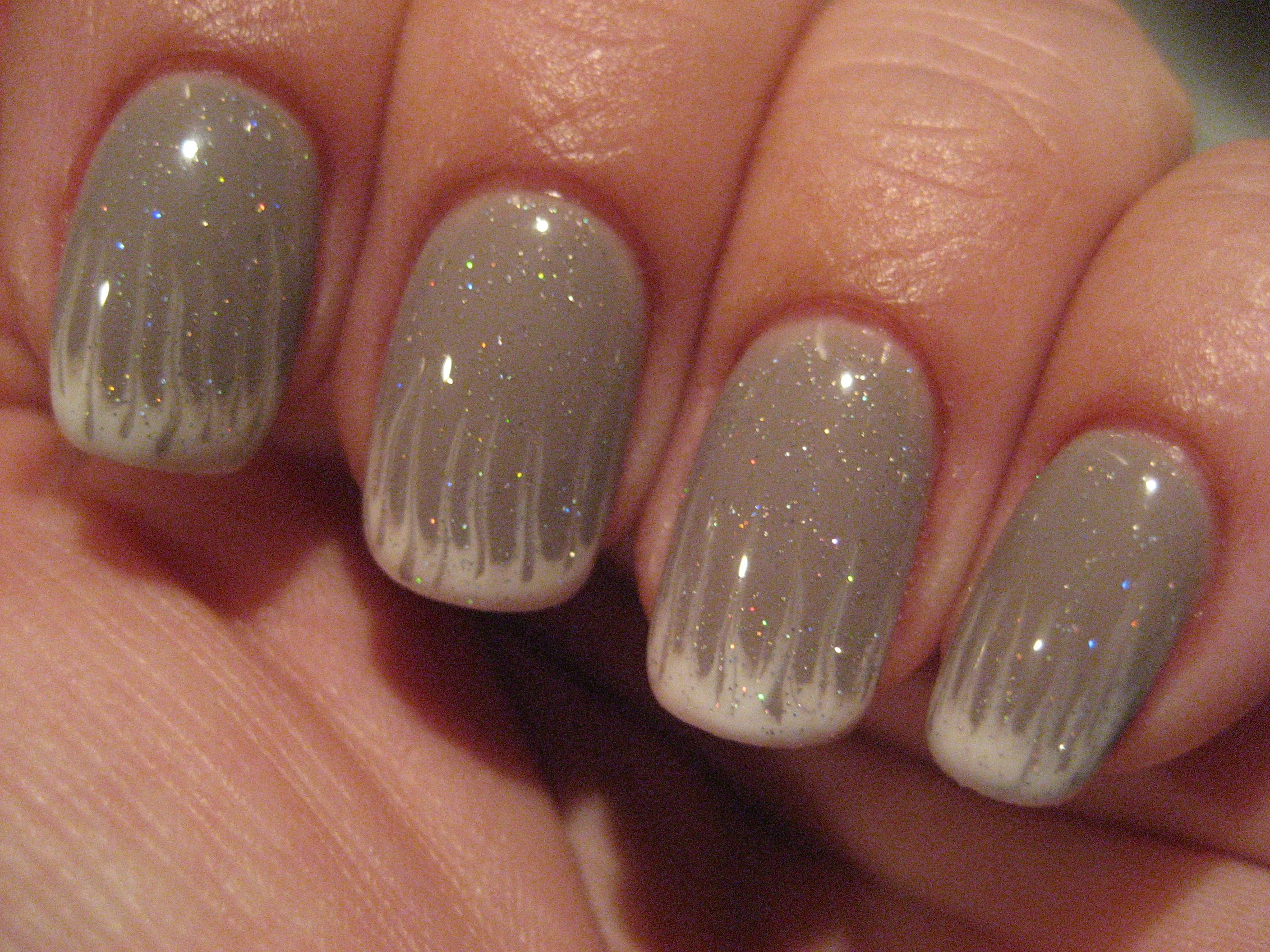 Gel polish - Tag me taupe with White Lily \