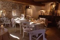 Arredamento Osteria ~ Risultati immagini per arredamento ristorante stile provenzale