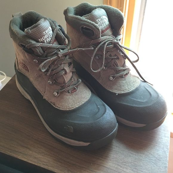 45c5cd82f North Face Snow Boots Very gently worn! Prima Loft lined and very ...