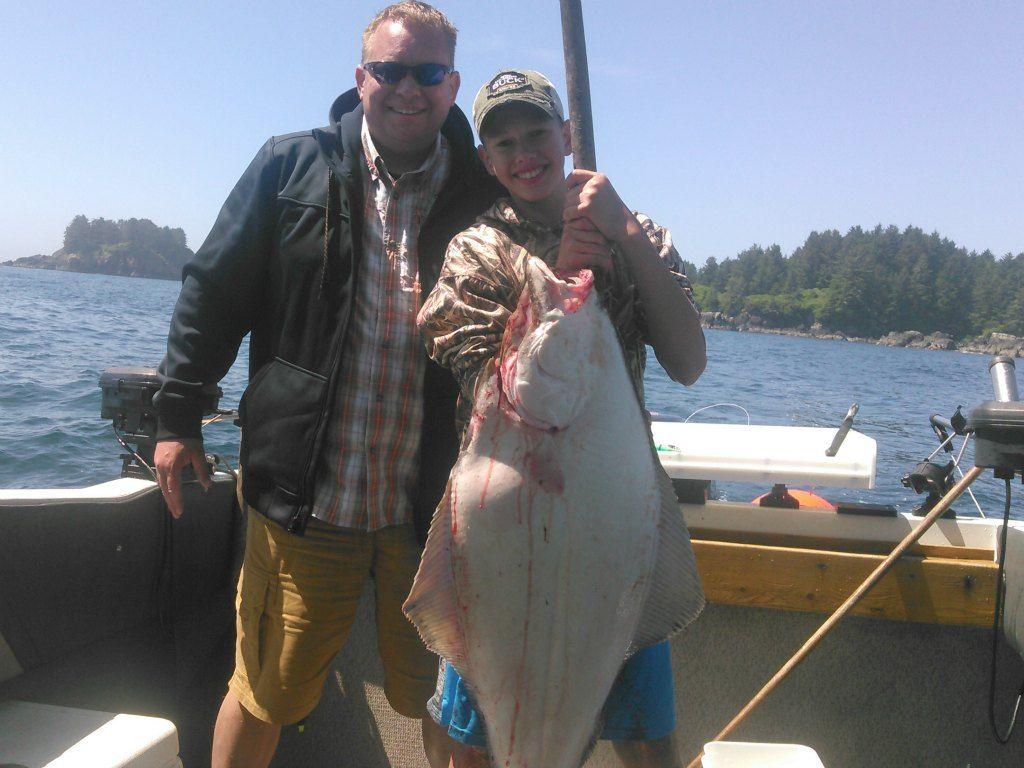 Best salmon halibut fishing spots on vancouver island for Fishing vancouver island