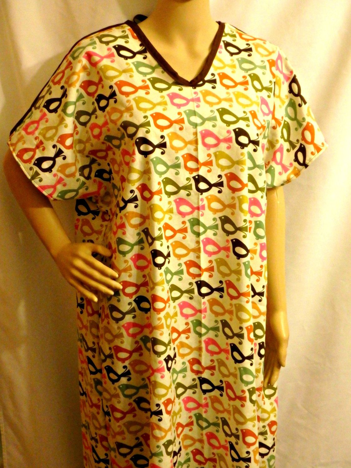 Cotton IV Hospital Gown for Bed bound Fits up to Plus Size COLORFUL ...