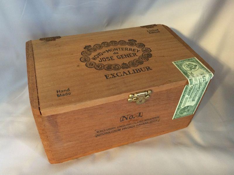 Very nice hand made cedar cigar box featuring perfectly crafted dovetail corners original paper seal and multiple impressed st&s including ... & 1997 Hoyo de Monterrey de Jose Gener Vintage u0027Excaliburu0027 Wooden ... Aboutintivar.Com