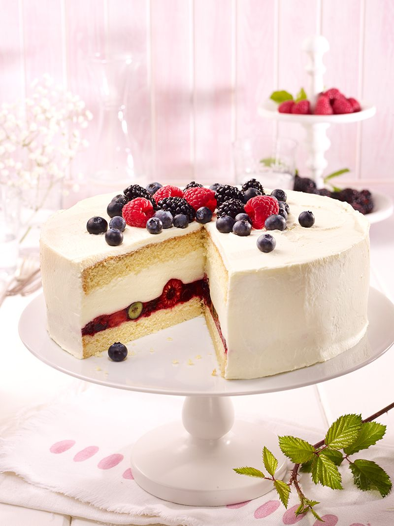 Waldbeer Wein Sahne Torte Rezept Torte Mit Fruchten Dessert Ideen Und Sahnekuchen