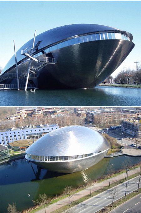 Centro de Ciencias Universum, Bremen, Alemania por el arquitecto Thomas Klumpp.