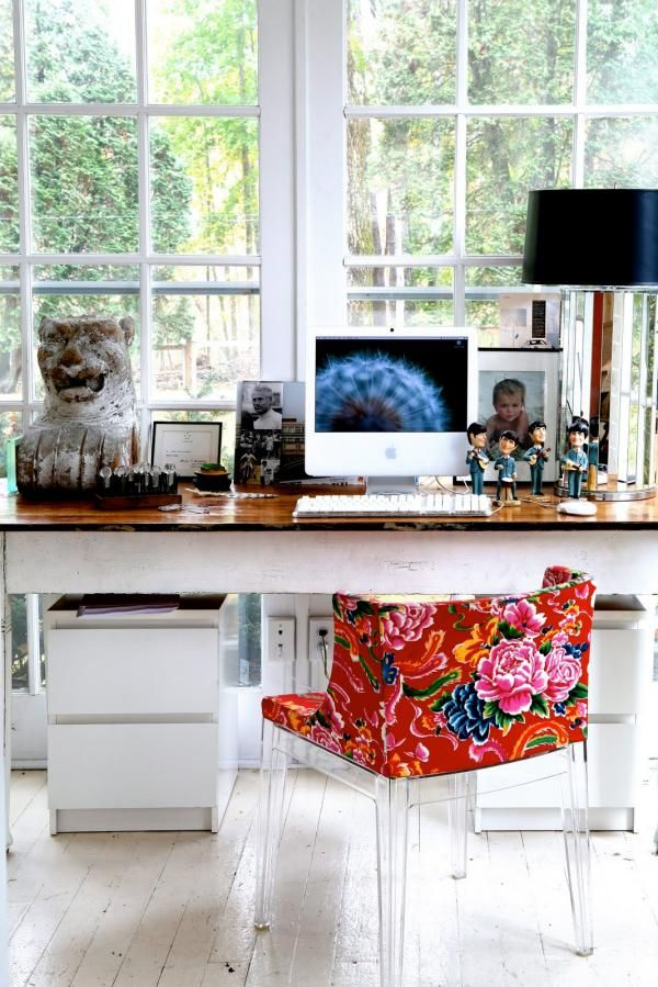 Häusliches Arbeitszimmer Gestalten Blumenmuster Stuhl Highlight