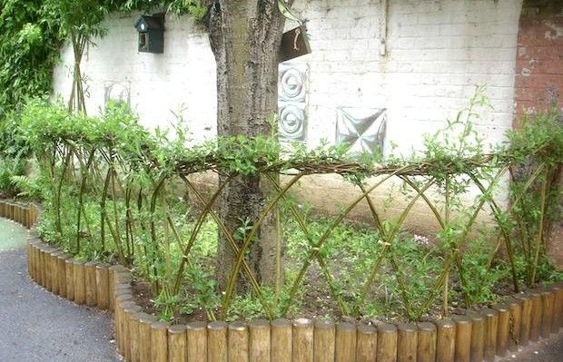 living willow sculpture is a handy B&B for pollinators