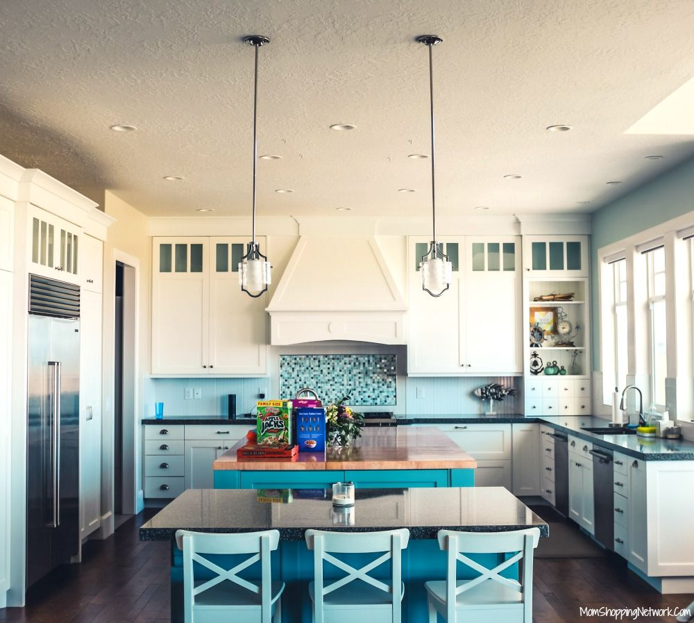 The Biggest Farmhouse Decor Trends of 2018 | Kitchens and Farmhouse ... for Biggest Farmhouse  29jwn