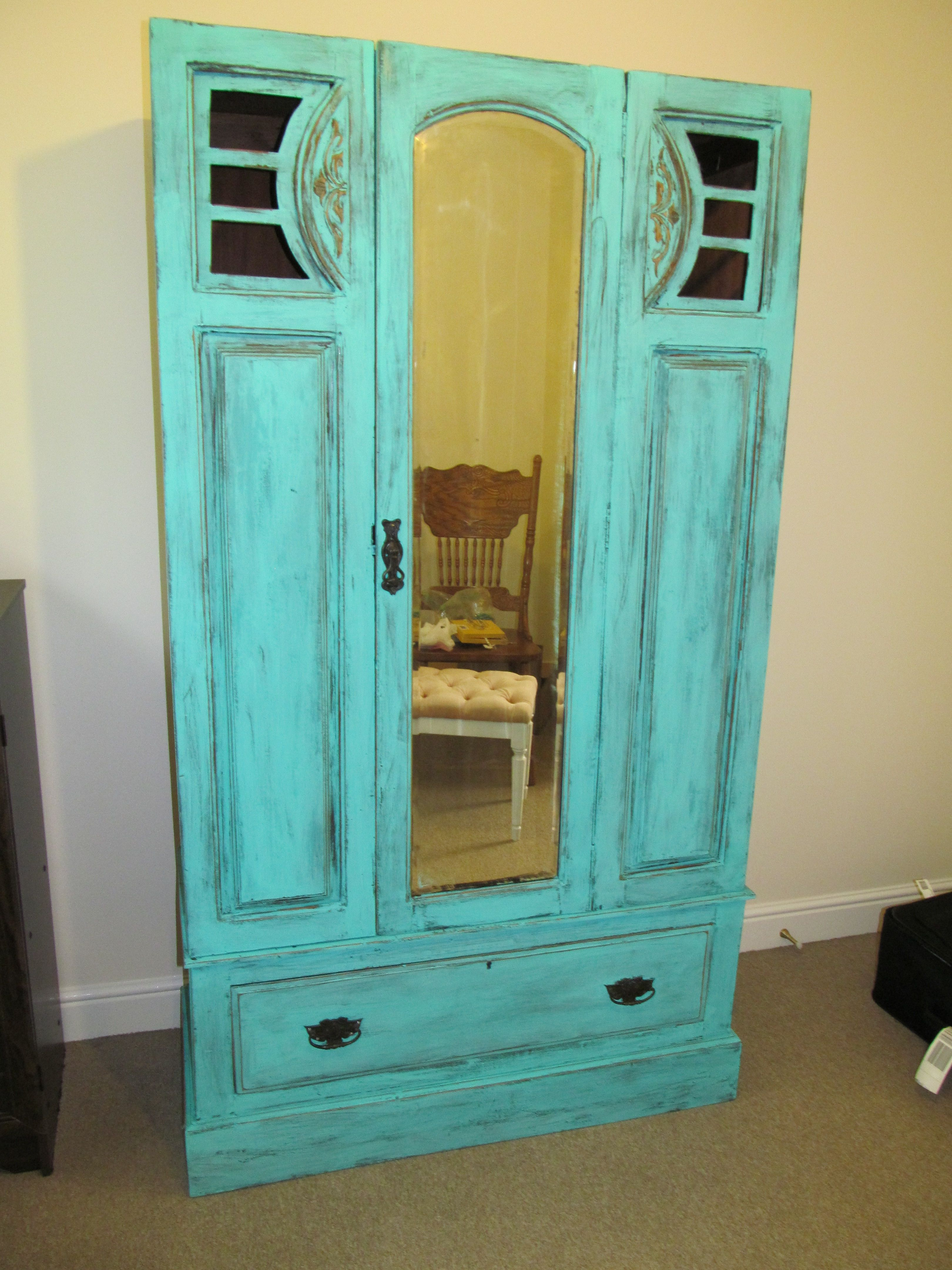 I just finished this old farm wardrobe today! I love it (: