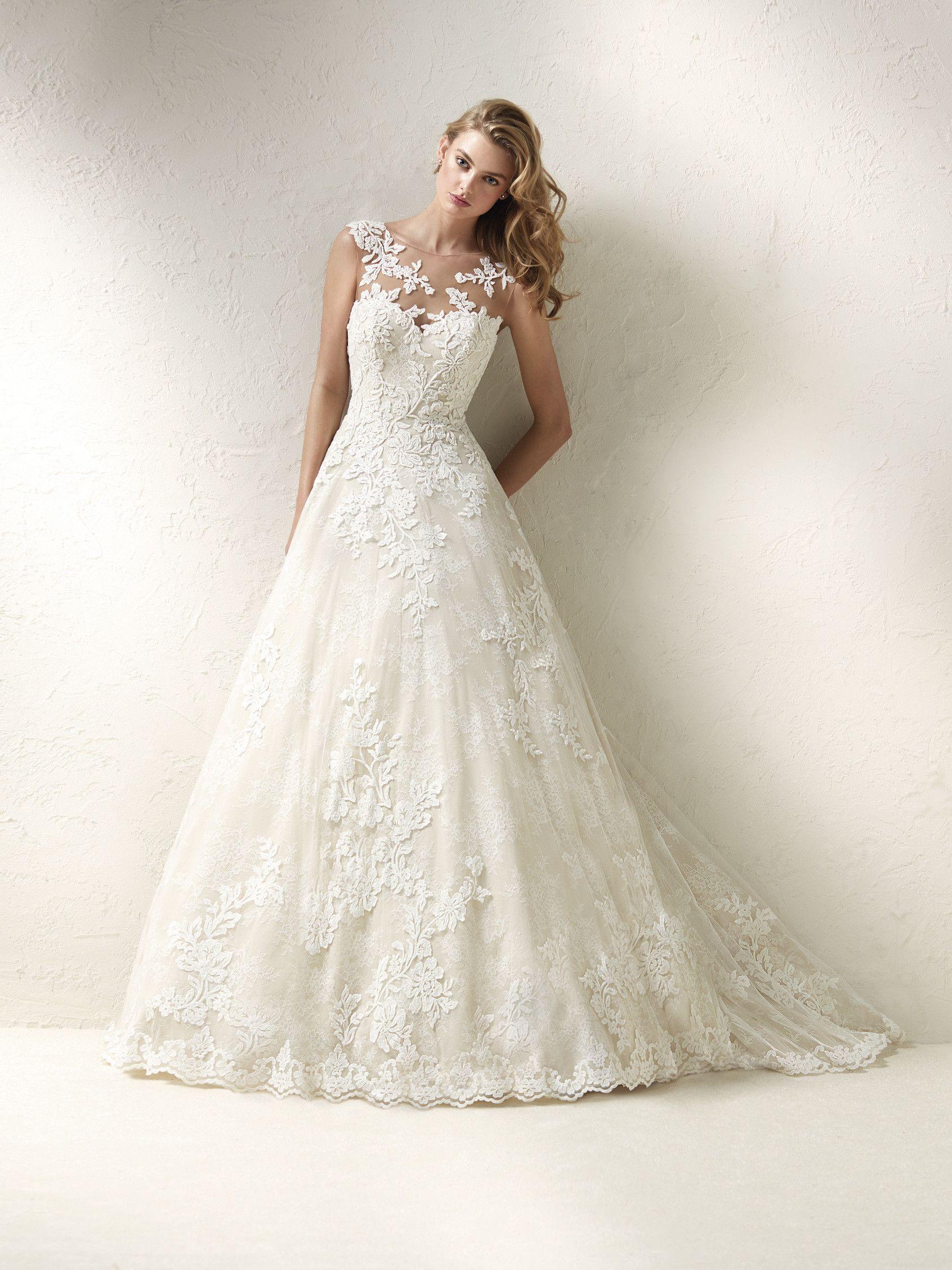 Dracme Brautkleid im Prinzessin Stil mit voluminösem