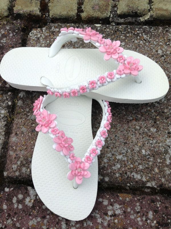 Decorated flip flops kids crafts and art pinterest for Flip flops for crafts