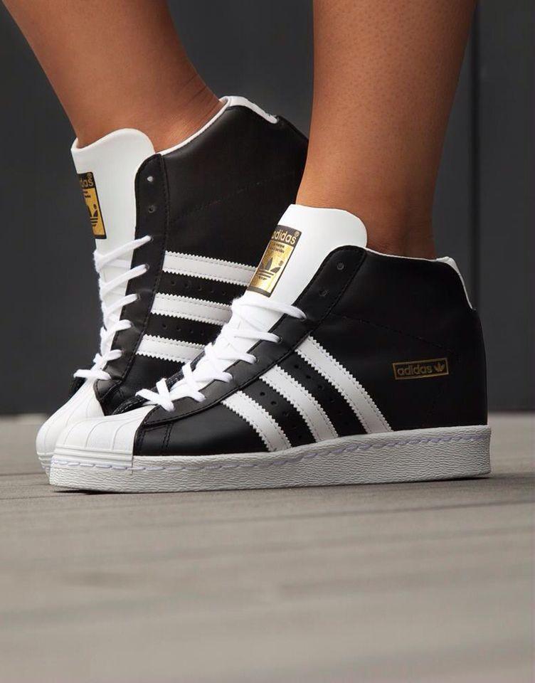 Basket haute Adidas ! Noir et blanc basique et tellement belle