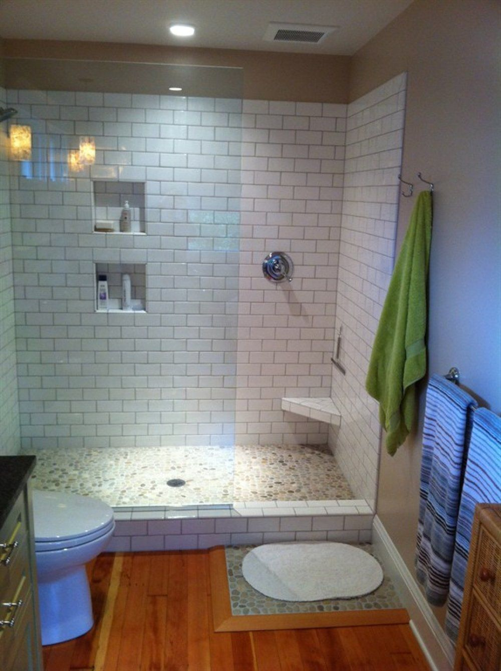 Here 39 S An Inexpensive Prefabricated Doorless Walk In Shower Remodel Ideas Pinterest Small