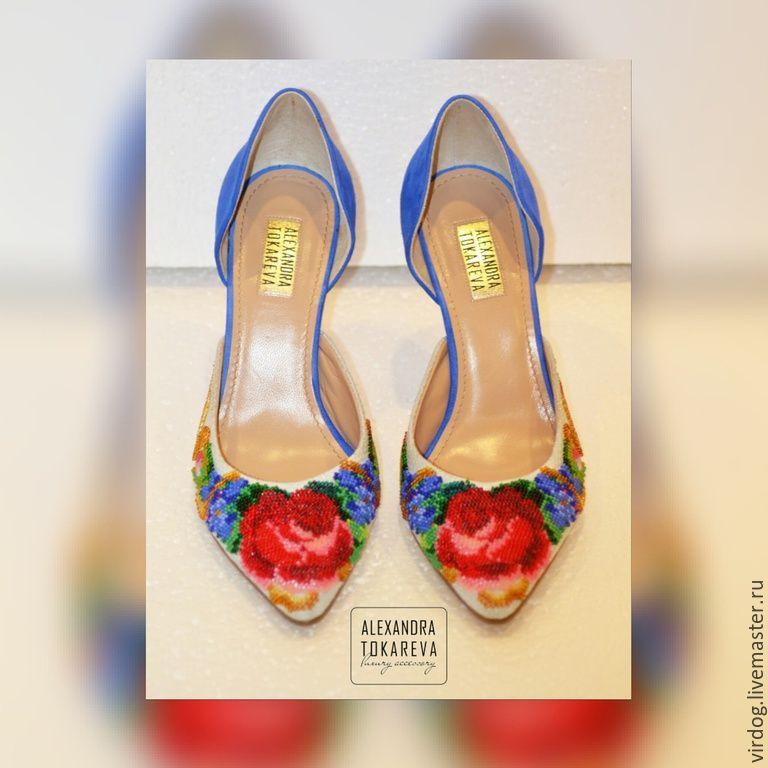 Купить Эксклюзивные туфли ручной работы вышитые бисером « Еlegant flowers» - синий