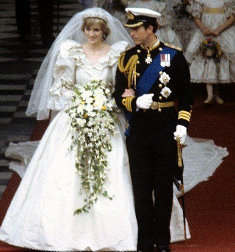 The Princess Who Porized Cascading Bouquets Diana 12 Absolutely Gorgeous
