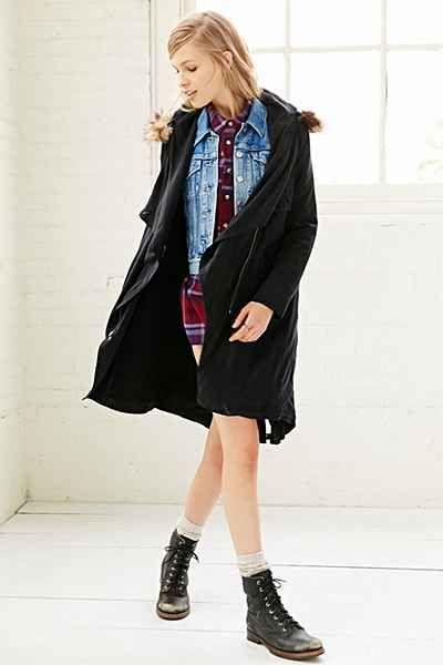 BB Dakota Daisy Faux-Fur Trim Coat - Urban Outfitters
