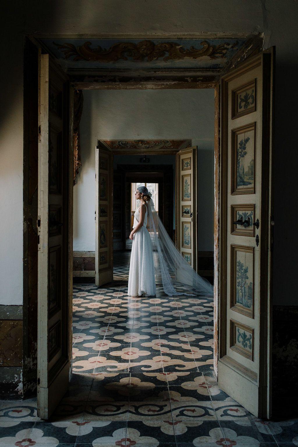 18th century wedding dress  Timeless Wedding Inspiration at an th Century Italian Villa