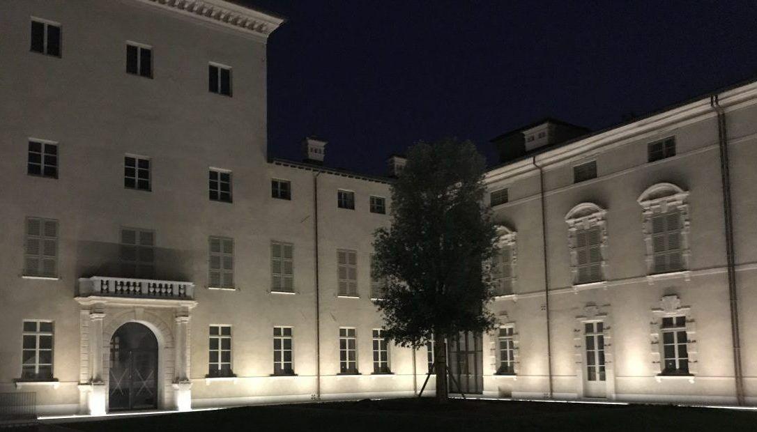 Illuminazione Facciate Esterne di un Palazzo storico con