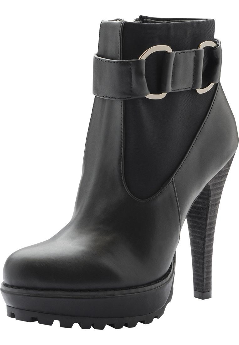I think these should be my new favorite boots!! <3