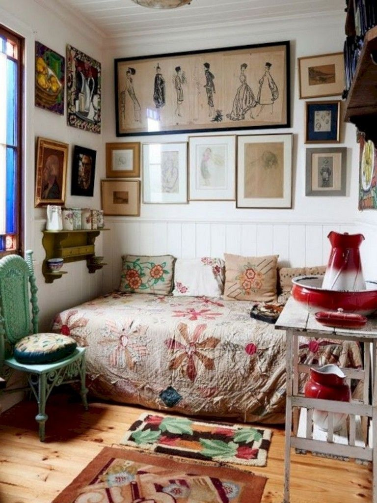 Vintage Living Room Ideas For Small Spaces: 39 Bohemian Bedroom Decor For Small Space