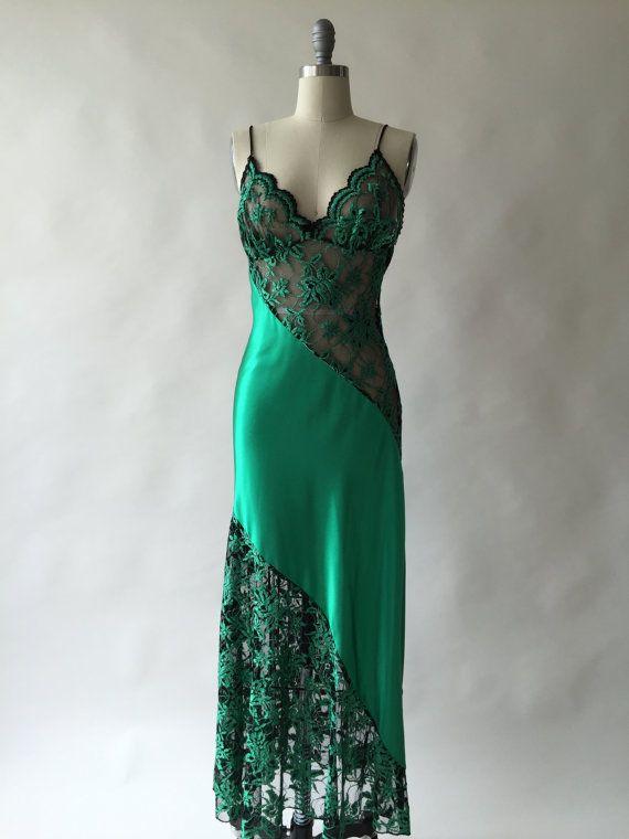 b31cb8d9e1ef LADY CAMEO 70s emerald bias cut liquid stretch satin & lace nightgown / S /  M