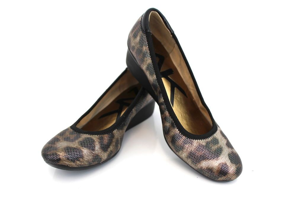 0649d2a424f Anne Klein Shoes 6.5M Multi-Color Women s Animal Print Low Heel Wedge