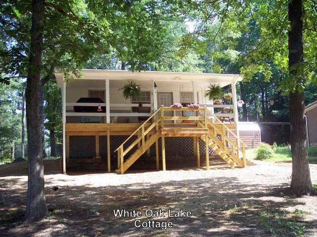Ad 7949 Chidester Ar On White Oak Lake 2 Bedrooms Sleeps 4 Lake House Rentals Lake Vacation Rental Vacation Homes For Rent