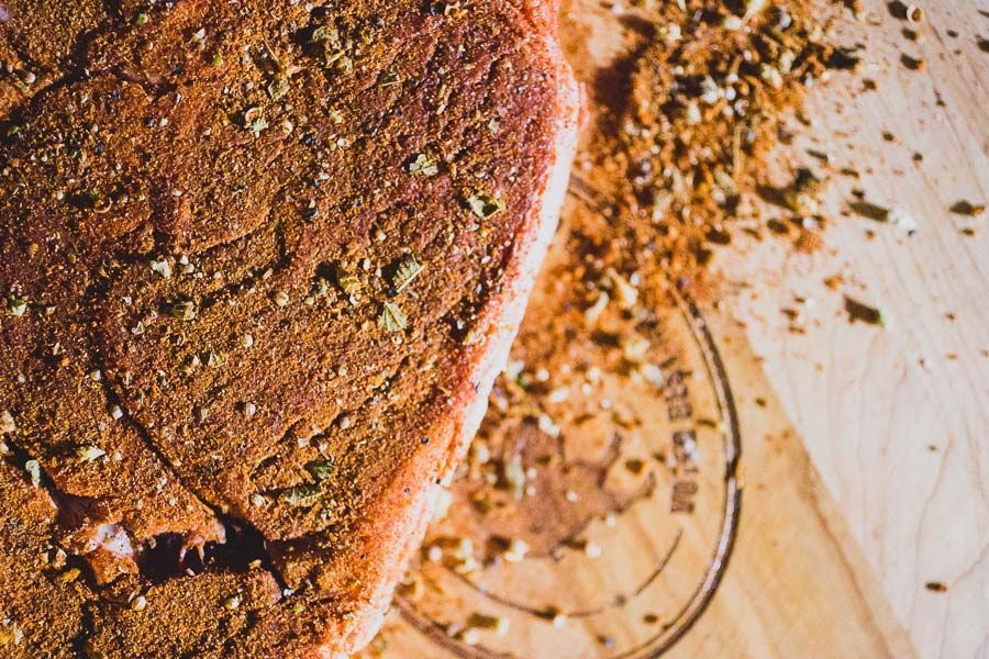 10 Fancy Steak Rubs and Marinades That Go Beyond Salt and Pepper #steakrubs 10 Fancy Steak Rubs and Marinades That Go Beyond Salt and Pepper #steakrubs 10 Fancy Steak Rubs and Marinades That Go Beyond Salt and Pepper #steakrubs 10 Fancy Steak Rubs and Marinades That Go Beyond Salt and Pepper #steakrubs