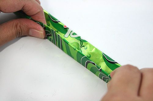 How to Make a Bracelet out of a Pop Can: 6 steps (with pictures) from www.wikiHow.com